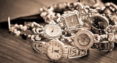 Tanti orologi da donna nell'outlet Nandida